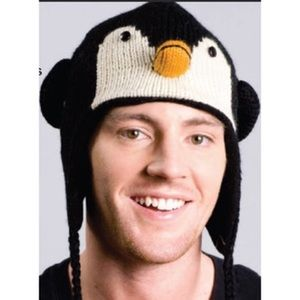 Knitted penguin hat 🐧